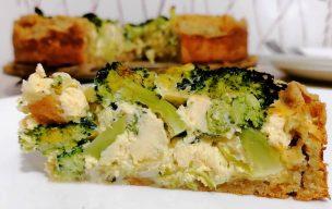 Tarta owsiana z brokułami i porem