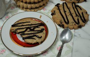 Kruche ciastka maślane z tapioki z rodzynkami